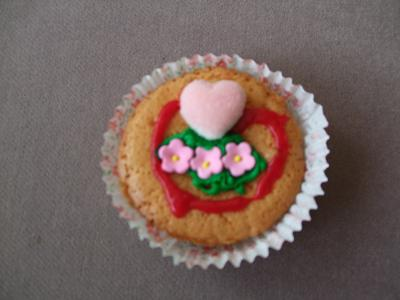 happy-mothers-day-cupcake